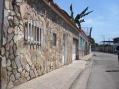 Venta de Casa  Valle Viejo de Santa Rita, Maracay.