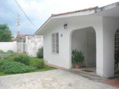 Casa en venta en Los Samanes, Maracay