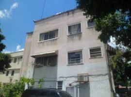 Edificio en Venta Las Mercedes, Caracas