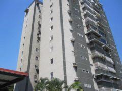 Venta de Apartamento en Av. Bolivar, Maracay