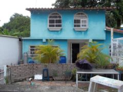 Casa en venta Calle Anzoátegui, El Limón, Maracay.