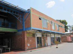 Venta Local Comercial C.C Santa Rita, Aragua