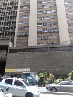 En Alquiler apartamento ubicado en Av. Urdaneta, Caracas