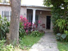 Casa en venta Calle Rivas, El Limón, Maracay.