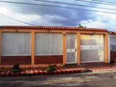 Casa en Venta en Villas de Aragua, Maracay
