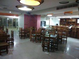 VENDO TASCA RESTAURANT Y PANADERÍA EN PARQUE CENTRAL, CARACAS