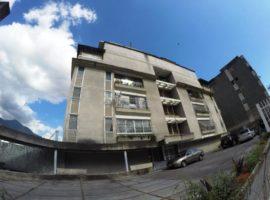 Apartamento en Venta en El Marqués, Caracas