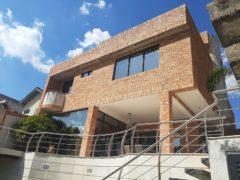 Casa en venta Guataparo Lomas del Country, Valencia