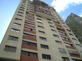 En venta apartamento en La Californa Norte, Caracas