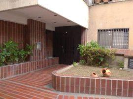 En venta Apartamento en La California, Caracas