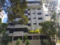 Lindo apartamento en venta La Campiña, Caracas