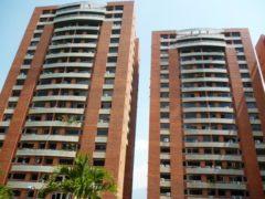 Apartamento en Venta en Colinas de Los Chaguaramos, Caracas