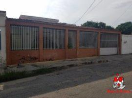 Venta de Casa en Santa Rita, Maracay
