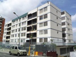 Apartamento en Venta Los Chaguaramos, Caracas
