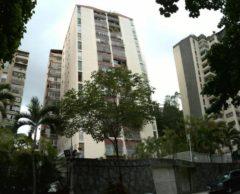 Amplio apartamento en Venta Santa Fe,  Caracas