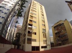 Apartamento en Venta en Los Palos Grandes, Caracas