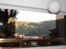 Cómodo apartamento en venta Lomas de Prados del Este, Caracas