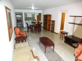 Bello apartamento en venta Santa Fe Sur, Caracas