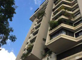 Apartamento en Venta en Los Chaguaramos, Caracas