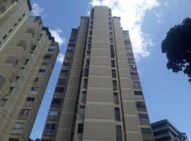 Apartamento Remodelado en Venta Los Chorros, Caracas