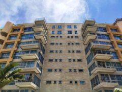 Apartamento en Venta en Las Mesetas de Santa Rosa de Lima, Caracas