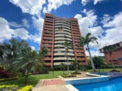 Apartamento en Venta en Santa Fe Norte, Caracas