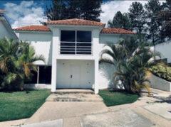 Casa en venta en Caicaguana Hatillo, Caracas
