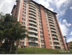 Bello apartamento venta en Miravila, Caracas